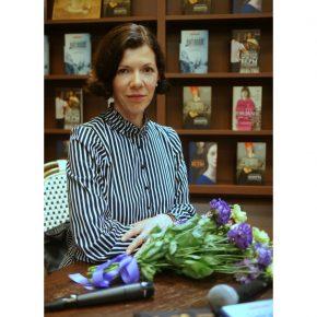 Фото со встречи с Анной Матвеевой