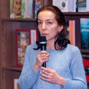 Фото и видео встречи с Полиной Дашковой