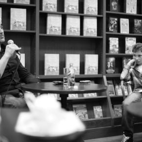 """Фоторепортаж с презентация """"Всемирной истории поножовщины..."""""""