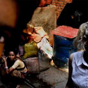 «В тени вечной красоты. Жизнь, смерть и любовь в трущобах Мумбая»